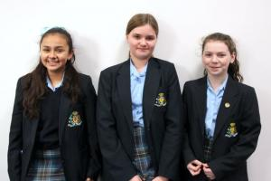 Enterprising Year 8 Students Raise Cash in Cake Sale