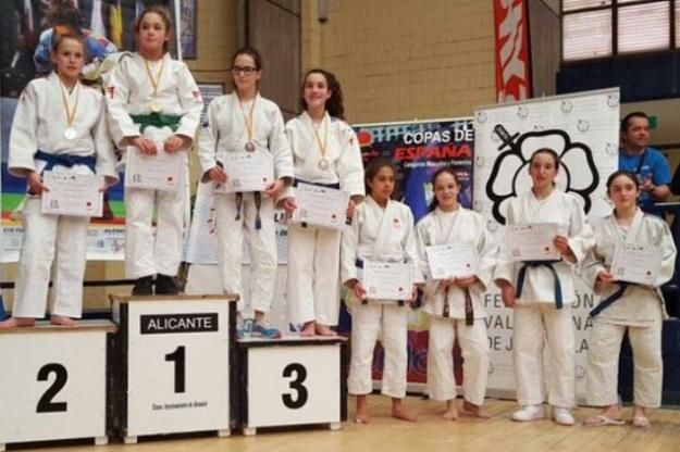 More Judo Gold for Ellie