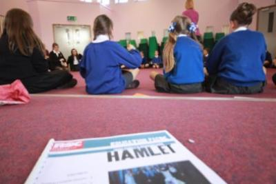 Primary Pupils Tread The Boards!