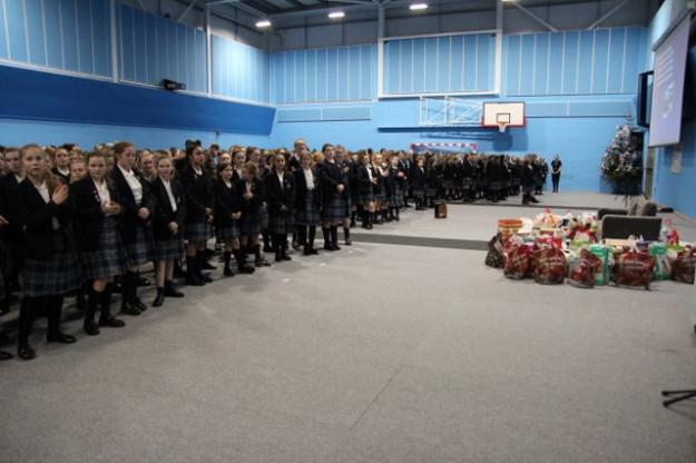 Advent Service Brings 2017 To A Close