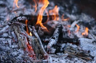 Reporting of Bonfires and Bonfire Materials